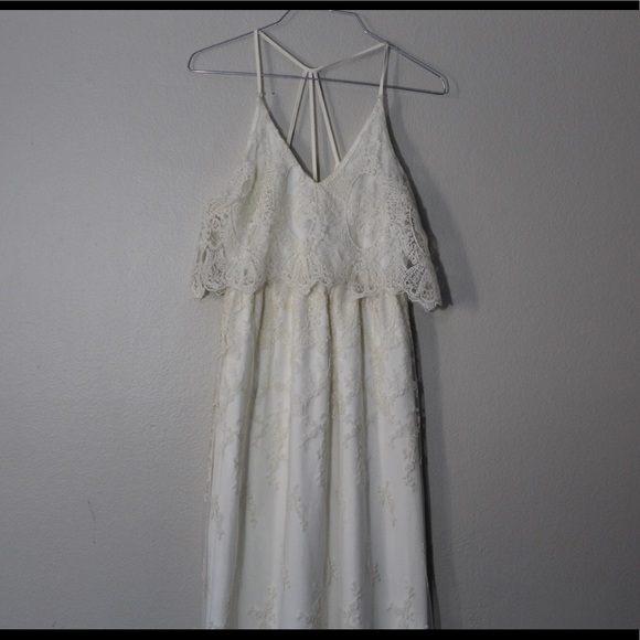Astr Dresses & Skirts - ASTR Maxi Dress size XS